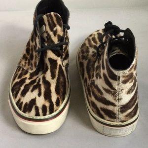 Men's Gucci Sneakers 9.5